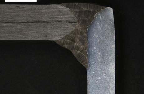 aspetto-macrografico-di-giunto-saldato-a-piena-penetrazione-eterogeneo-lato-a-acciaio-inox-a312-tp-316l-lato-b-acciaio-al-c-da-scafo-ah36-attacco-persolfato-di-ammonio-10