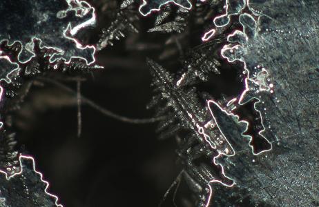 campione-micrografico-relativo-a-difetto-su-getto-in-acciaio